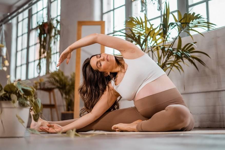 Sally Fazeli Pre-Natal Yoga Pregnancy